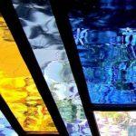 Een afbeelding van een veelkleurig glas-in-loodraam | door glasatelier ruud harberts